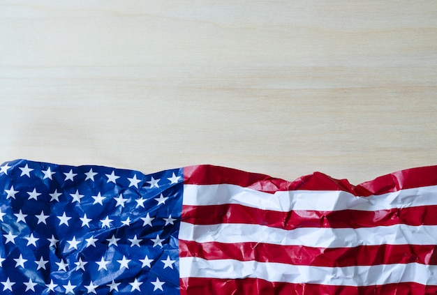 Les etats-unis sont établis depuis le 4 juillet 1776, qui s'appelle le jour de l'indépendance.