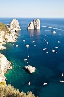 L'été à capri, belle île du golfe de naples, italie