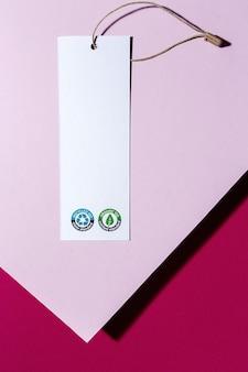 Étiquettes en carton recyclable et biologique avec logo