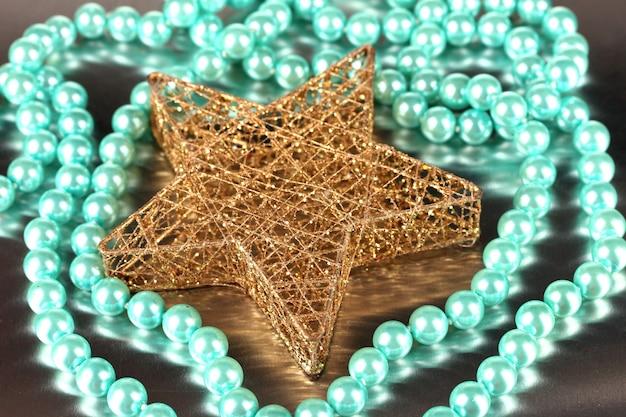 Étoile de noël et perle