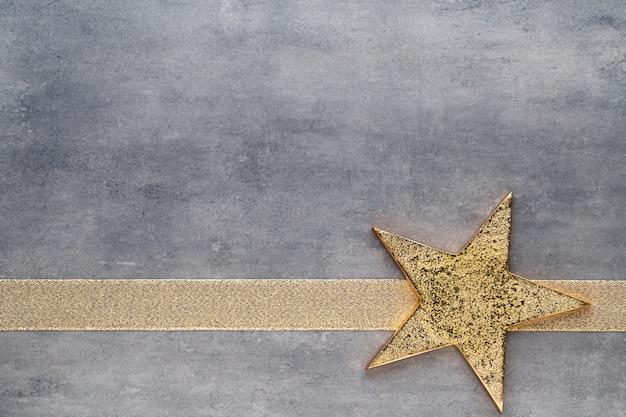 Étoiles d'or de noël