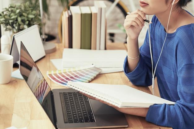 Étudiant en design