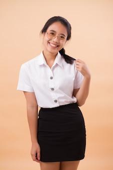 Étudiante asiatique thaïlandaise en uniforme. portrait, de, heureux, sourire, asiatique, thaï, université, femme, étudiant