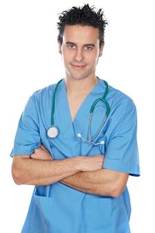 Étudiante en médecine attrayante sur fond blanc