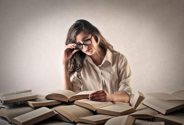 Étudier dur et lire