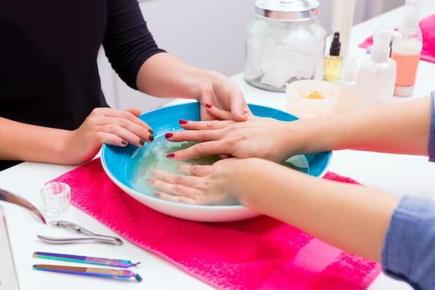 Exfoliant pour le bain exfoliant pour le salon des ongles