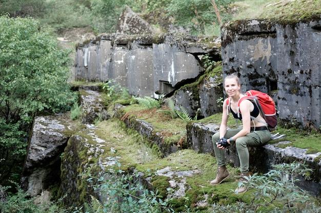 Explorez l'ancienne forteresse