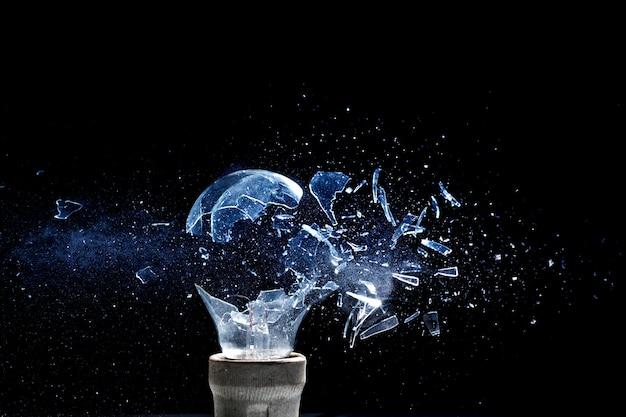 Explosion de l'ampoule