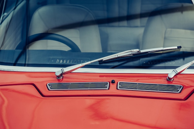 Exposition de voitures anciennes classiques