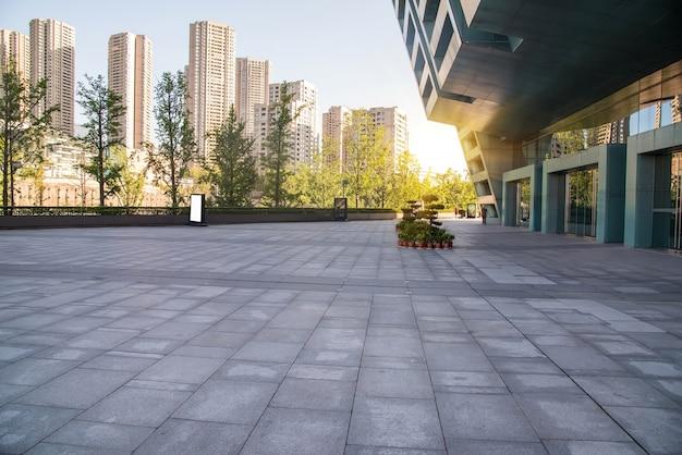 Extérieur des bâtiments modernes