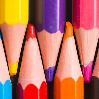 Extrémités de crayons de couleur