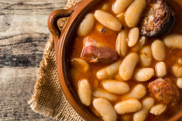 Fabada asturiana espagnole typique