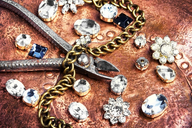 Fabrication De Bijoux Faits Main Photo Premium
