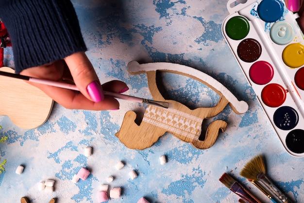 Fabriquer des jouets pour les décorations de noël