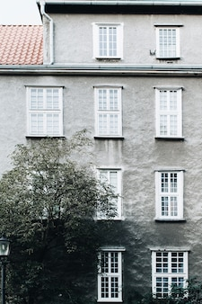 Façade du bâtiment européen traditionnel