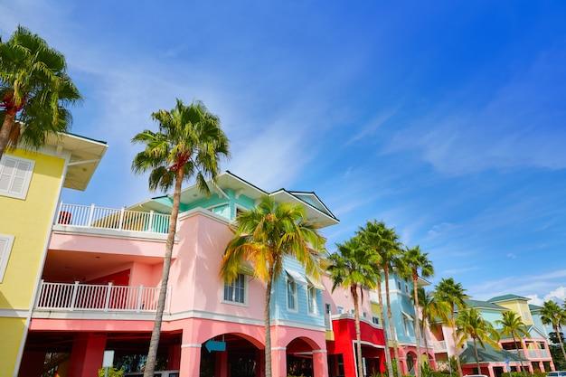 Façades colorées de palmiers en floride fort myers