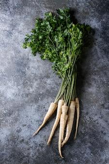 Fagot de carottes fraîches