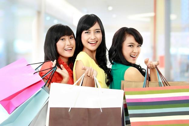 Faire du shopping ensemble