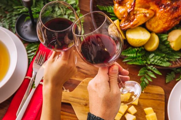 Faire griller avec deux verres de vin