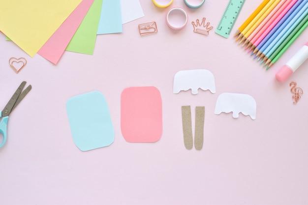 Fais le toi-même. glace en papier avec des enfants à la maison