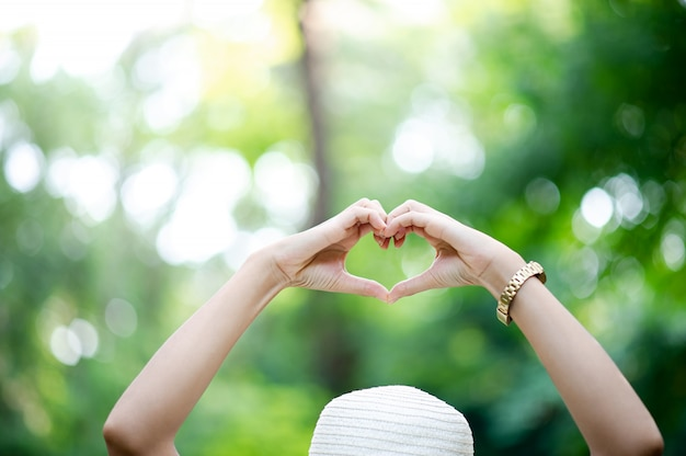 Fait à la main en forme de coeur