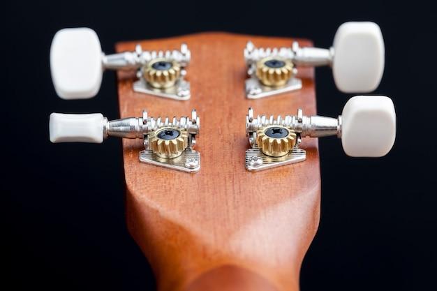 Fait de petite guitare en acajou pour jouer de la musique, pièces de guitare professionnelles en acajou
