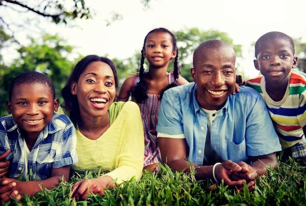 Famille unité unité parents fils fille concept