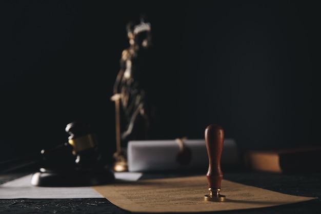 Fardeau de la preuve, image de concept de droit juridique.