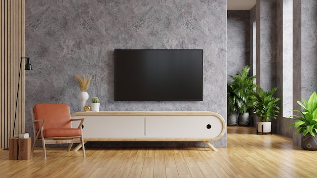 Fauteuil en cuir et armoire en bois à l'intérieur du salon avec plante, tv sur mur en béton. rendu 3d