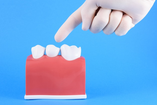 Faux bouche dentiste en bleu