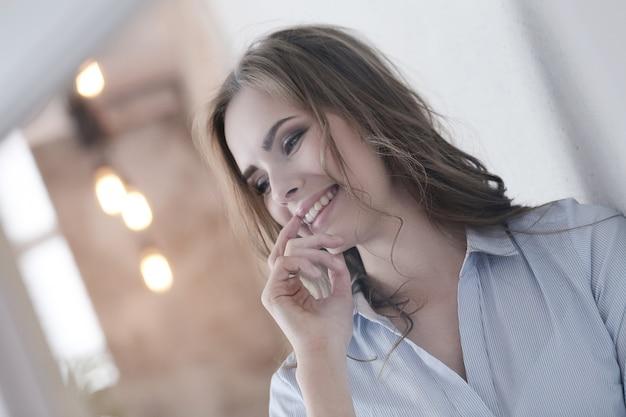 Femme adorable