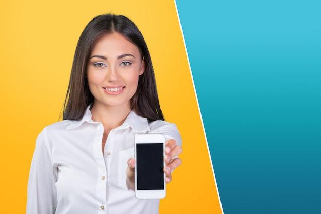 Femme affaires, afficher, téléphone portable, isolé, écran tactile