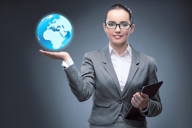 Femme d'affaires dans le commerce mondial