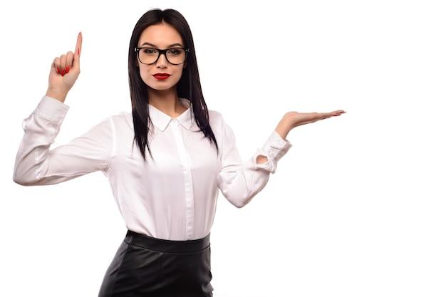 Femme affaires, dans, verres, présentation