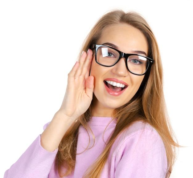 Femme d'affaires à lunettes