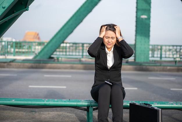 Femme d'affaires stressée