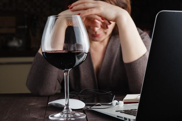 Femme, apprécier, verre, vin