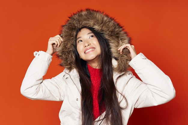Femme asiatique, sur, clair, poser, modèle