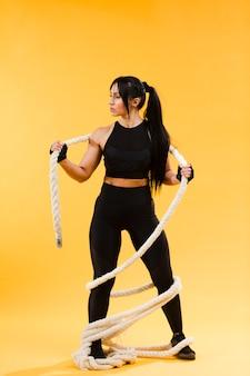 Femme athlétique, à, corde