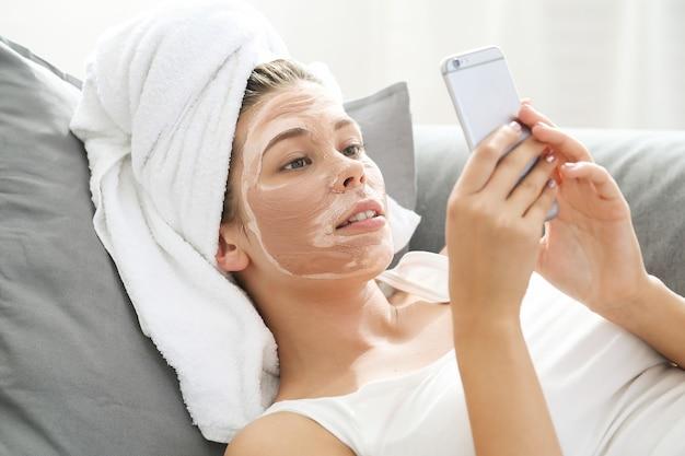 Femme au spa