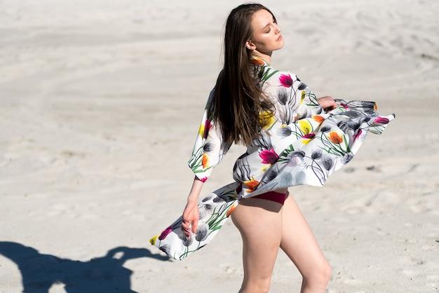 Femme bikini maillot de bain mode en maillot de bain chaud