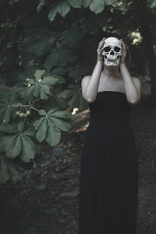 Femme, blanc, crâne, fourré