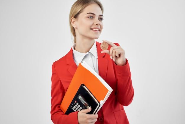 Femme commerce internet finance investissement fond isolé. photo de haute qualité