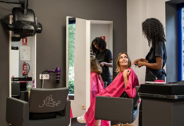 Femme, donner, cheveux, cancer