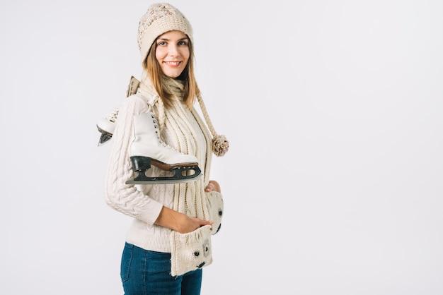 Femme, écharpe, tenue, patins