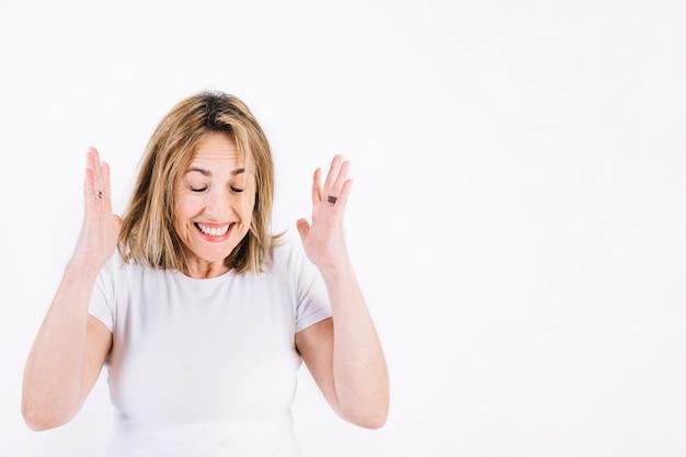 Femme extrêmement excitée