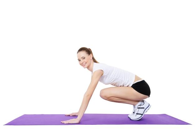 Femme faisant de la gymnastique