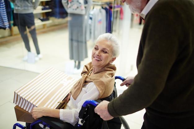 Femme handicapée