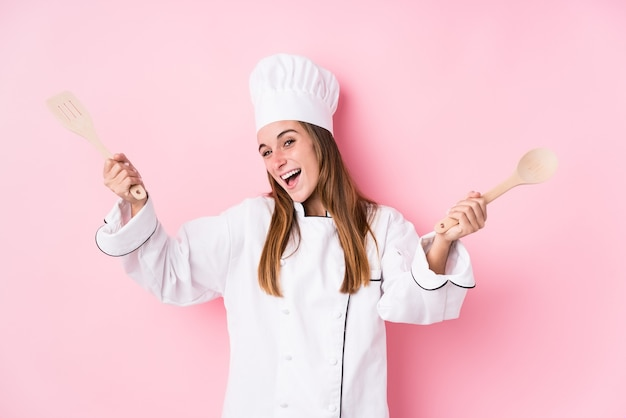 Femme jeune chef cuisinier