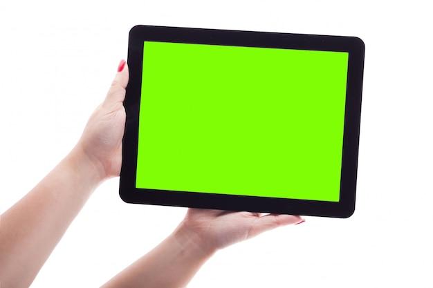 Femme mains sur blanc tenant la photo de la tablette